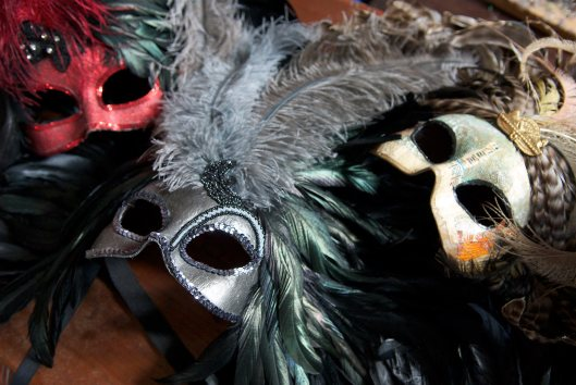 29_1p24_travel_places_new_orleans_masks